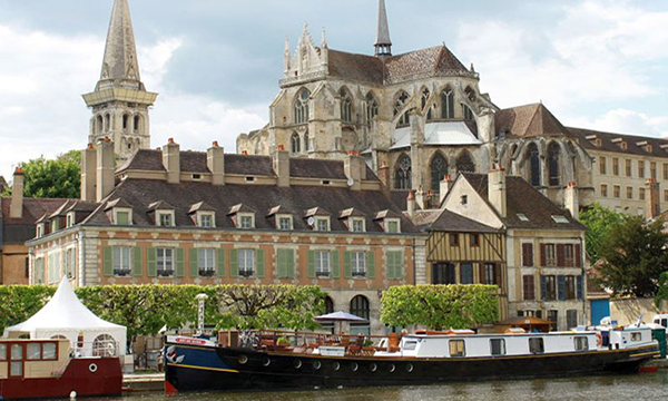 Explore the Cobblestoned Streets of Auxerretuesday image
