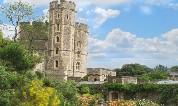 Windsor Castle...Where the Royals Livetuesday image