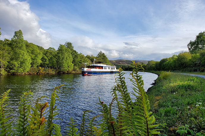 why-barge-scotland-new